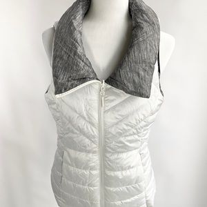 Mondetta Reversible Gray and White Vest Medium